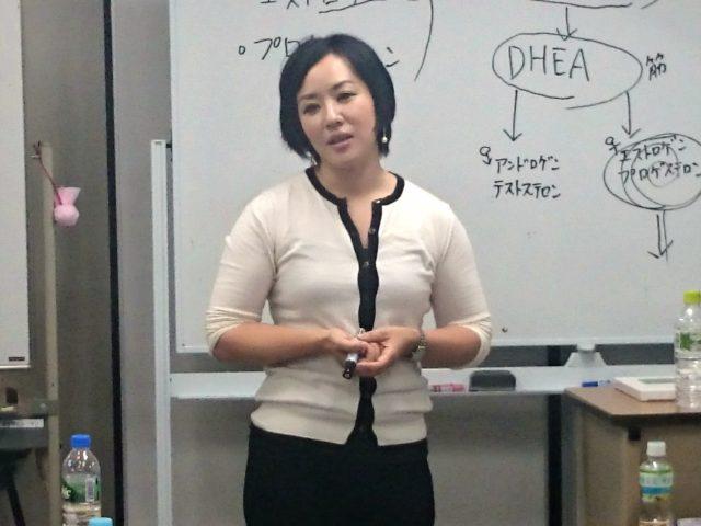 【動画】女性のクライアントにおける生理前・生理後のトレーニング・栄養学的アプローチセミナーより