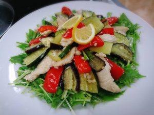 塩麹鶏と野菜の重ね蒸し