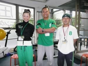 左から副代表の由美子さん、代表の並川孝太さん、長島さん