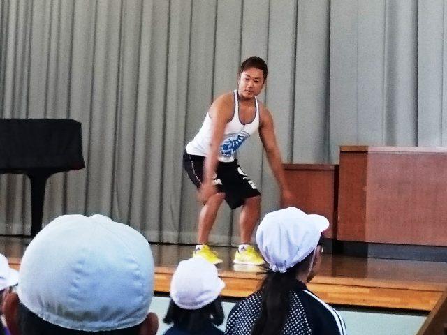 【講演会報告】 加須市大越小学校「体幹トレーニング」