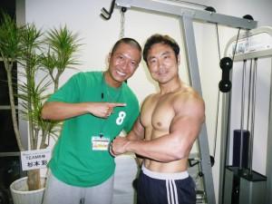 並川代表に筋肉を仕上げていただきました
